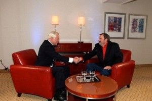 brian-tracy-shaking-hands